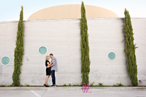 beautiful, modern, outdoor engagement photos by Melissa Landres