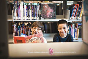 boys-reading-books-childrens-photographer-melissa-landres