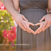 Outdoor loving maternity photo session Palm Desert by Melissa Landres photography